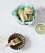 Matcha-Grüntee-Macarons