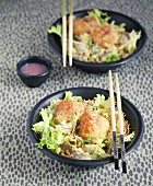 Fried rice vermicelli, scarole with walnuts and small breaded goat's cheese bo-bun