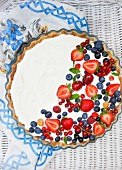Fromage blanc and summer fruit tarte