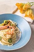 Linguine with shrimps and courgette flowers