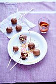 Sponge finger and chocolate cake pops