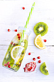 Kiwi, lemon and pomegranate detox water