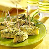 Häppchen mit Lauch-Kräuter-Kuchen