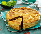 Ground beef and pea pie