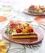 Cherry tomato, petit Billy cheese and raw ham flaky pastry tart