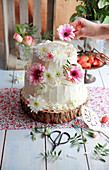 Small flowery Wedding cake
