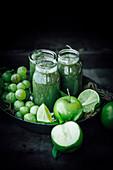 Green apple, lemon and grape smoothie