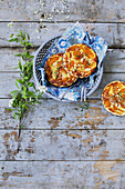 Small apricot and almond tartlets