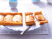 Apple and apple compote tarts