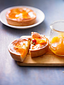Individual apricot tarts