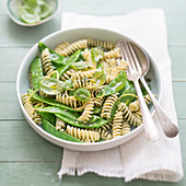 Pasta,sweet pea,basil and lemon zest salad