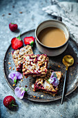 Vegan oatmeal and strawberry bars