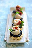 Rolled sole fillet,confit tomato and lumpfish roe appetizers