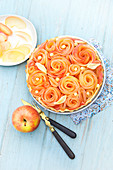 Apple flower and fig pie
