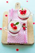 Vanilla-strawberry panna cottas