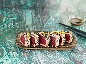 Tuna tataki in two sesame seed crust