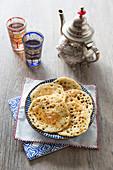 Mkhanfar (nordafrikanische Pfannkuchen)