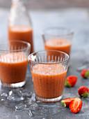 Strawberry,Ginger And Lemon Antioxydant Juice