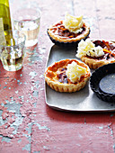 Mini quiches with Appenzeller cheese and monk's head