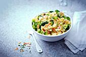 Farfalle mit Broccoli und Mandeln (One Pot)
