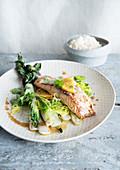 Salmon paksoi leek rice102