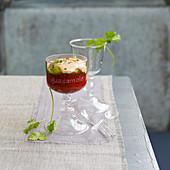 Tabasco-Mousse mit Guacamole