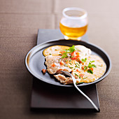 Salmon escalope with cider sauce