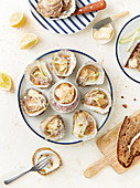 Oysters grilled with lemon and shallots