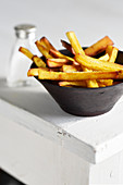 Parsnip fries with turmeric