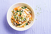 Tagliatelle with smoked salmon, cream and herbs