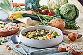 Gemüsesuppe mit Getreide