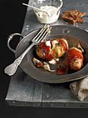 Ofenkartoffeln im Schinkenmantel mit Dip