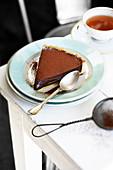 Schokoladen-Ganache-Torte mit Earl Grey Tee
