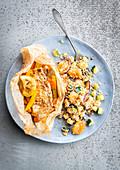 Fisch en Papillote dazu Couscous mit Karotten und Zucchini