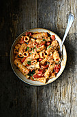 Pasta with dried tomatoes and aubergines