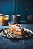 Ein Stück Banoffee-Kuchen