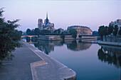 Notre Dame, Ile de la Cité Seine, Paris, Frankreich