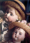 Alte Puppen, Antiquitätenmarkt, Arezzo, Toskana, Italien