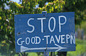 Schild, Taverne, Kreta Griechenland