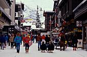 Einkaufsstrasse, Zermatt, Wallis Schweiz