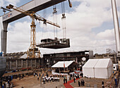 Keel laying ceremony, Queen Mary 2, Shipyard in Saint-Nazaire, France, Buch S. 8/9
