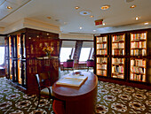 Ship library, Queen Mary 2