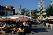 People at the Viktualienmarkt in the sunlight, Munich, Bavaria, Germany, Europe