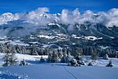Bergpanorama und Winterlandschaft, Lenzerheide, Graubünden, Schweiz