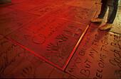 Spuren der Stars, Chinesisches Theater, Hollywood Blvd., Los Angeles Kalifornien, USA, Amerika