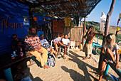 Pata Negra Surf Center, Treffpunkt nach, Windsurfing, Playa Los Lances, Tarifa Costa de la Luz, Andalusien, Spanien
