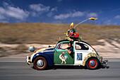 Harrod Blank' s VW Beetle, Santa Cruz, California USA