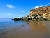 Deserted beach in the evening sun, Playa Cala del Aceite, Costa de la Luz, Provinz Cadiz, Andalusia, Spain, Europe