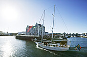 Sailing boat in Alfred Basin, Victoria and Albert Waterfront, Cape Town, Western Cape, South Africa, Africa