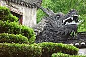 Dragon sculpture at Yu park, Shanghai, China, Asia